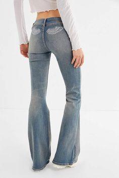 Jeans, Pants + Leggings on Sale for Women Ripped Knee Jeans, Ripped Jeggings, Outfit Jeans, Camouflage Jeans, Low Waist Jeans, Trendy Swimwear, Cute Jeans, Colored Denim, Flare Jeans