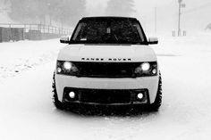 mi sueño a largo plazoes un auto como este Range Rover, pero para este año realmente espero y quiero continuar con mi auto y solucionar las cuestiones bancarias; pero quiero sobre todas las cosas la completa voluntad del Padre.