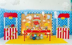 Blog maternidade Meu Dia D Mãe - Festa Menino Pedro 01 Ano - Decoração Snoopy Amarela e vermelha (1)