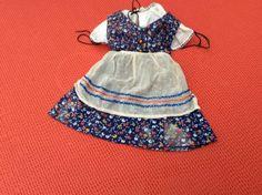 Puppenkleid-alt-3tlg-Rock-Bluse-Schuerze