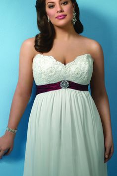 Alfred Angelo. I heart this dress. Plus size model, Ashley Graham.