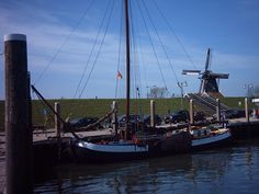 Antonia Maria aan wal. #zeilschip #Waddenzee #Zeilen Sailing Ships, Boat, Dinghy, Boating, Boats, Sailboat, Tall Ships