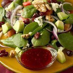 Spinaziesalade met gorgonzola en cranberry en een frambozen-walnootvinaigrette @ allrecipes.nl