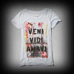 アバクロ レディース Tシャツ  Abercrombie&Fitch Veni Vidi Graphic Tee Tシャツ  ★アメリカでも人気のブランドアバクロの今季新作商品! ★落書き風のグラフィックがかわいい!着回せるTシャツは何枚あっても便利。