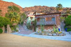 Palm Springs Vacation Rentals. Exterior view of guest house. One bedroom.