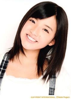 9th Generation of Morning Musume member Kanon Suzuki. To think she is part of one of the biggest girl groups in Japan and she's only 13 years old!