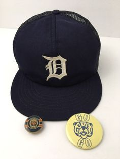 Vintage USA Detroit Tigers Blue SnapBack Hat Cap with 2 Old Pins Buttons  Rare  Annco 41b93e1c584d