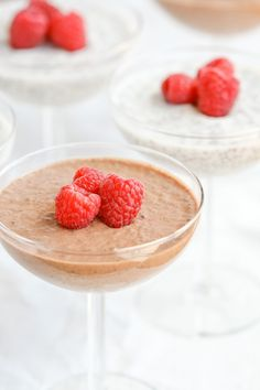 Chocolate or Vanilla Chia Seed Pudding by @DeliciouslyOrganic - tried it, it ROCKED