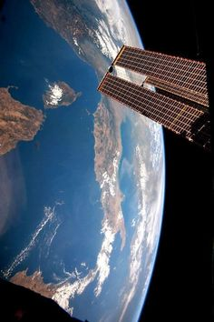Italy from the International Space Station Cosmos, Space Planets, Space And Astronomy, Space Photos, Space Artwork, Nasa Space Pictures, Nasa Space Program, Space Photography, Apollo 11
