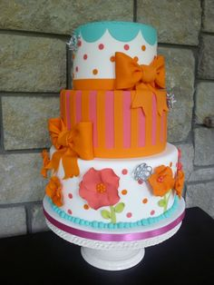 Fun and bright cake with 3d flowers