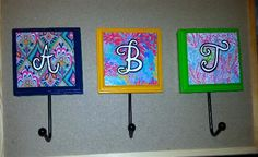 Lilly Pulitzer inspired car key hooks for sorority house roommates #crafts #biglittle