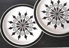 Mid Century Dinner Plate Set, Brown Black Atomic Starburst Vintage Dinnerware. $22.00, via Etsy.