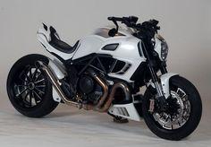 Custom Ducati Diavel