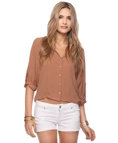 Love this Dolman Shirt with the   white shorts!