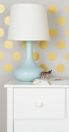 "3"" gold dot decals - vinyl stickers to easily beautify your walls! http://rstyle.me/~1lxZn"