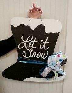 Top Hat with Snow Wooden Door Hanger / Let it Snow door hanger / Winter door hanger / Craft Night Out...follow us on Facebook