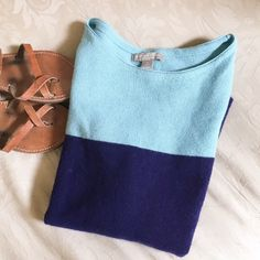 Banana Republic color block sweater! Color block sweater from Banana Republic!! Made of wool and cashmere! Lightly worn. Banana Republic Sweaters Crew & Scoop Necks