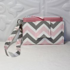 ROOMY TECH Cell Phone Wristlet Case Card Pocket Holder iPhone Galaxy S4 Wallet Purse / Pink White Gray Chevron