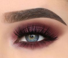 Makeup Tools 24 Sexy Eye Makeup Looks Give Your Eyes Some Serious Pop - sexy eye makeup ideas. 24 Sexy Eye Makeup Looks Give Your Eyes Some Serious Pop - Sexy Eye Makeup Ideas make-up Sexy Eye Makeup, Purple Eye Makeup, Eye Makeup Tips, Makeup For Brown Eyes, Cute Makeup, Gorgeous Makeup, Makeup Inspo, Eyeshadow Makeup, Beauty Makeup