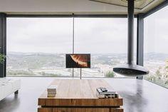 Интересный дом с панорамным видом в Португалии