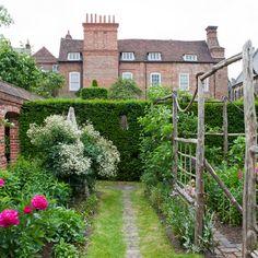 Secret garden | Garden design