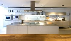 ikea small kitchen design ideas – Homes Tips City Kitchen Design, Ikea Kitchen Design, New Kitchen Designs, Contemporary Kitchen Design, Interior Design Kitchen, Kitchen Decor, Ikea Small Kitchen, Kitchen Backsplash Photos, Modern Kitchen Lighting