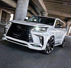 Lexus LX570 by Artisan