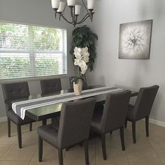 What I love most about my #home is who I share it with ➡️ @evotom 💕🏡😊 #homesweethome #homegoods #myashleyhome #instadesign #dinningroom #homedecor #makehomeyours #homedesign #interiordecor #instahome #instadecor #hgtv