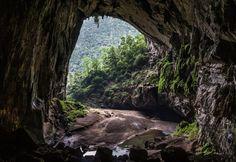 Hàng Sơn-Đoòng, Phong Nha-Ke Bang National Park near Quảng Bình, Vietnam