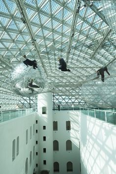 K21 museum. 10 Things to do when you travel to Dusseldorf