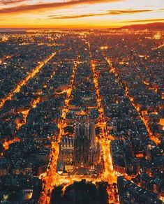 Best Places To Travel, Cool Places To Visit, Places To Go, Visit Barcelona, Barcelona Travel, Barcelona Spain, Wonderful Places, Beautiful Places, Wonderful Dream