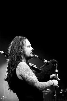 Johnathan Davis of KORN love this shit ma favorite part of each show!!!