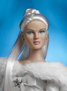 Bride Dolls, Queen Fashion, Snow Queen, Pretty Dolls, Reborn Dolls, Fashion Dolls, Fairy Tales, Disney Princess, Inspiration