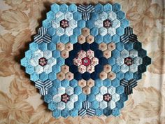 Hexagon quilts lots of inspirations