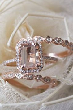 18 Beautiful Engagement Rings That Only Look Expensive - Reverie