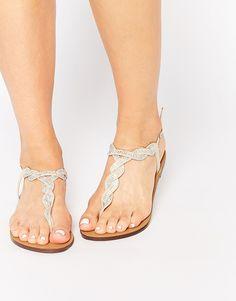 New Look – Flache Sandalen mit verdrehter Verzierung