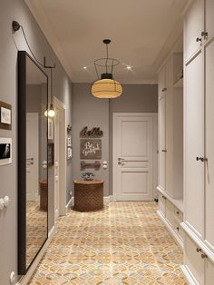 11 Home Staging Tips and Stylish Entryway Ideas for Small Spaces - - Built In Furniture, Entryway Furniture, Glass Closet Doors, Modern Entryway, Entryway Ideas, Home Staging Tips, Apartment Entryway, Small Entryways, Unique Flooring