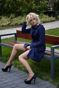 Aleksandra Woźniak - prześliczna blondyneczka o zgrabnych nóżkach