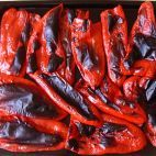 Pečené papriky • recept • bonvivani.sk Sausage, Bacon, Meat, Breakfast, Food, Morning Coffee, Sausages, Essen, Meals