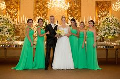 Bridemaid Dresses   Foto com as Madrinhas   Casamento   Wedding   Casamento morderno   Madrinha de Casamento   Vestido de Madrinha   Bridemaid   Madrinhas de verde   Madrinhas com Vestido da mesa Cor   Inesquecível Casamento   Outside Wedding