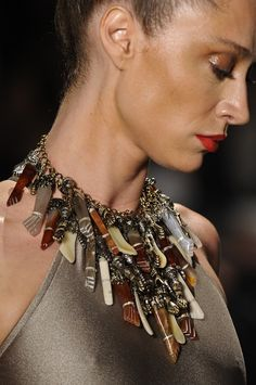 Necklace by Adriana Degreas.