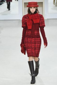 Chanel Fall 2016 Ready-to-Wear:  Just once in my life, just once, I'd like to see Chanel do a tartan suit, because I know Karl could pull it off.  Do admit, Fanny.
