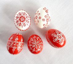 Set of 5 red white Hand Decorated Madeira Painted Chicken Easter Egg with or without Ribbon, Drilled Traditional Slavic Wax Pinhead, Pysanka