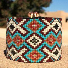El estribaciones grano telar brazalete pulsera por PuebloAndCo
