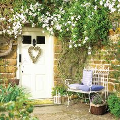 Pretty climbers are a great way of creating a country feel to your entrance. Try Honey suckle and jasmine for fragrance. Cottage Front Doors, Cottage Door, Cottage Exterior, Garden Cottage, Home And Garden, Up House, House Front, Atrium, Dream Garden