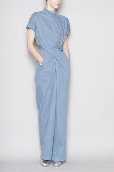 Christian Wijnants - Oulu Tie Waist Jumpsuit - Denim- Yes plz and thanks Minimale Kleidung, Jumpsuit Elegante, Fashion Details, Fashion Trends, Womens Fashion, Mode Jeans, Overall, Victoria Beckham, Women Wear