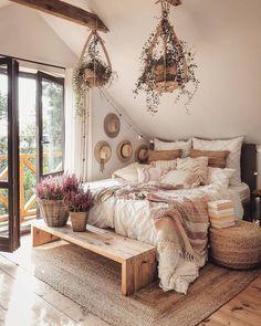 Room Design Bedroom, Small Room Bedroom, Home Decor Bedroom, Cozy Small Bedrooms, Boho Bedrooms Ideas, Boho Teen Bedroom, Boho Chic Bedroom, Bed Rooms, Bedroom Modern