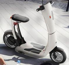 Scooter elétrica dobrável.