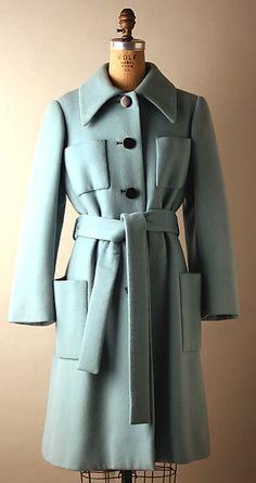 Eek! 1972 Norman Norell coat