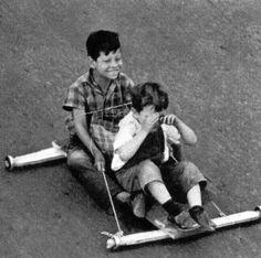 tradizioni popolari antiche vecchi giochi Childhood Games, Childhood Memories, Lago Powell, Baby Photos, Old Photos, Romania Map, Sexy Black Art, Don't Blink, Vintage Italian